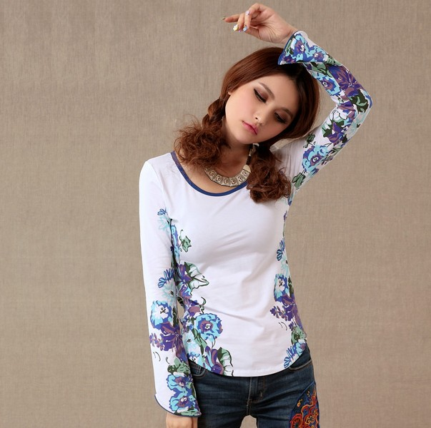 Long-sleeved T-shirt 14